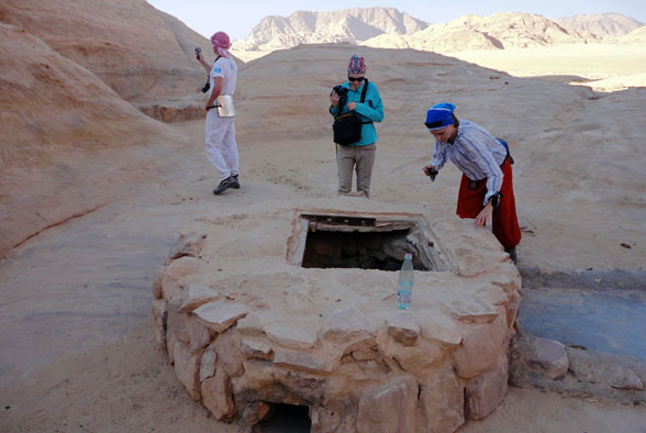 Набатейский колодец в пустыне Иордании найден!
