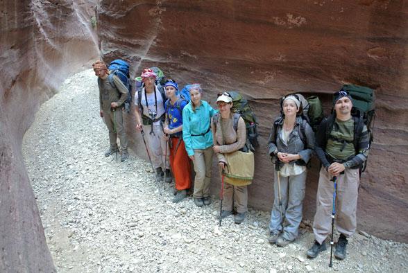 Наша группа в сухих каньонах Иордании