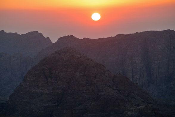Закат солнца. Поход в Иорданию
