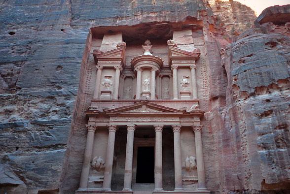 Сокровищница, Большая Петра, Иордания
