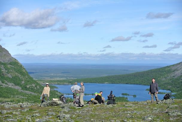 Третий день похода. Любуемся озером Светлое с высоты