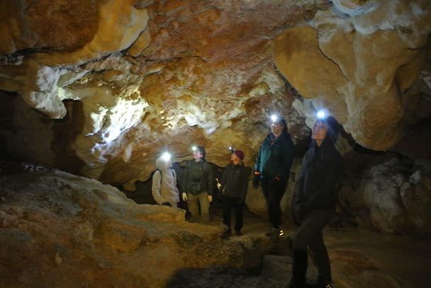 Пещера в одном из притоков каньона Цица